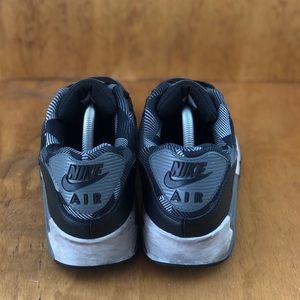 Nike Shoes - Nike Air Max 90 Print